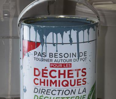 Pour les déchets chimiques, direction la déchèterie !